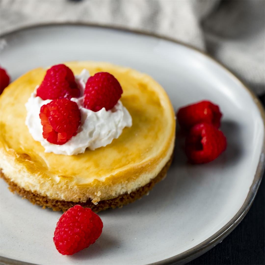 Air Fryer Cheesecake (Classic)