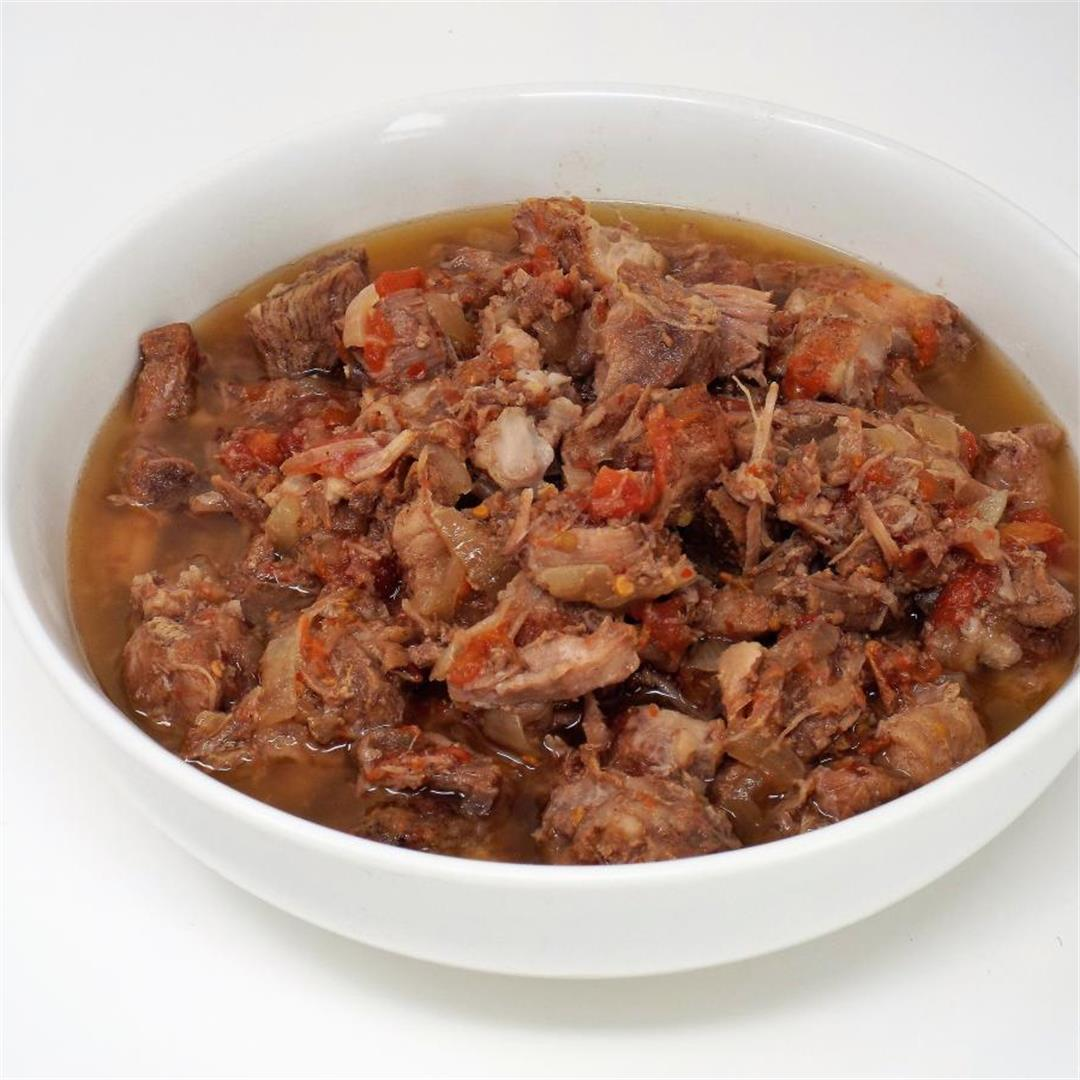 Slow Cooker Pork Cacoila