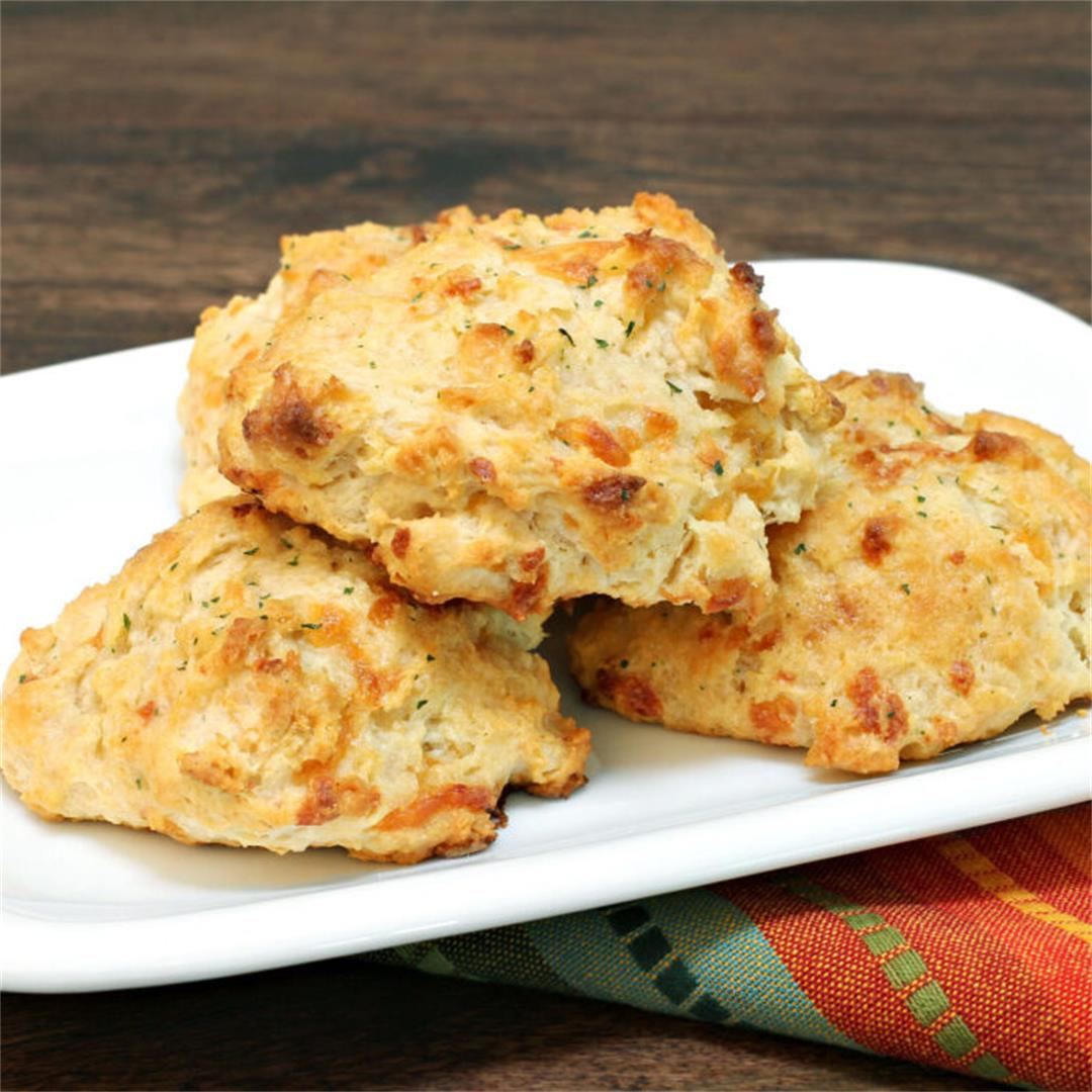 Delicious Cheddar Drop Biscuits By Thomas Joseph
