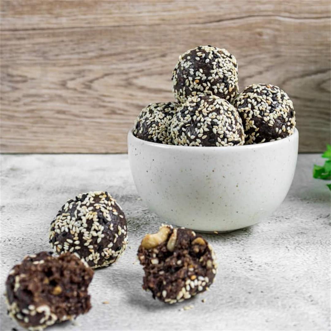 Chocolate & Sesame Bliss Balls