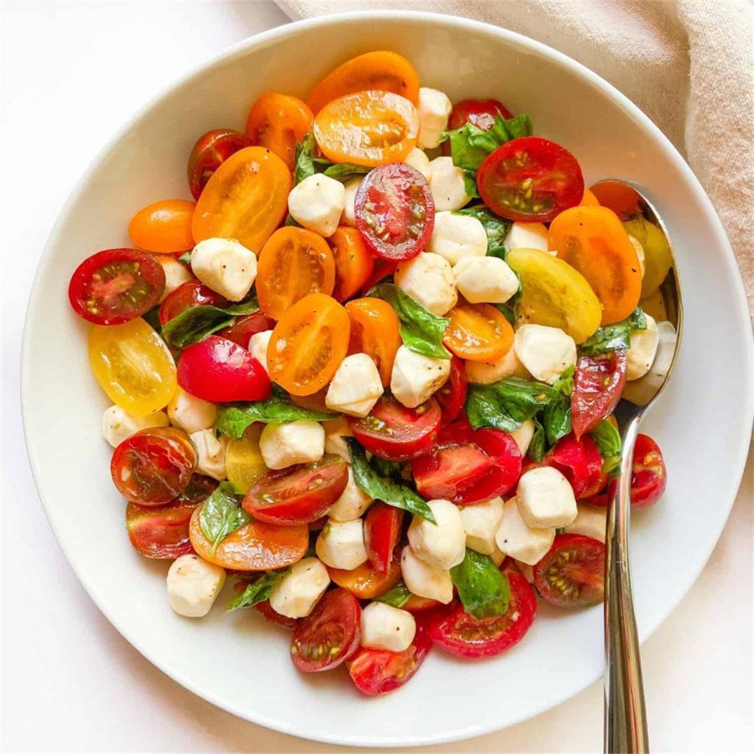 Cherry Tomato Caprese Salad – Sugary Logic