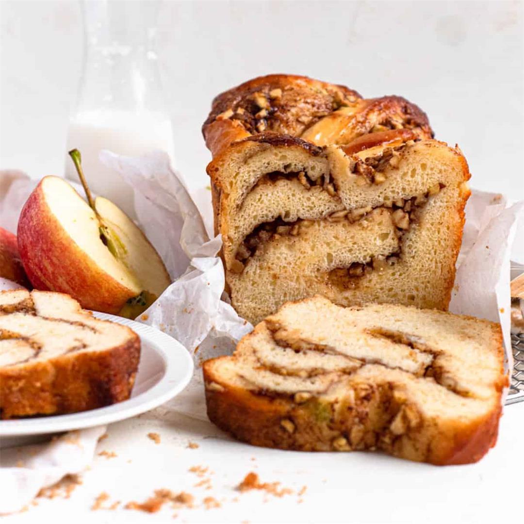 Apple Cinnamon Babka
