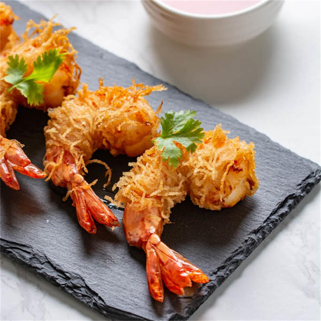 Goong Sarong (Deep-Fried Shrimp Wrapped in Vermicelli Noodles)