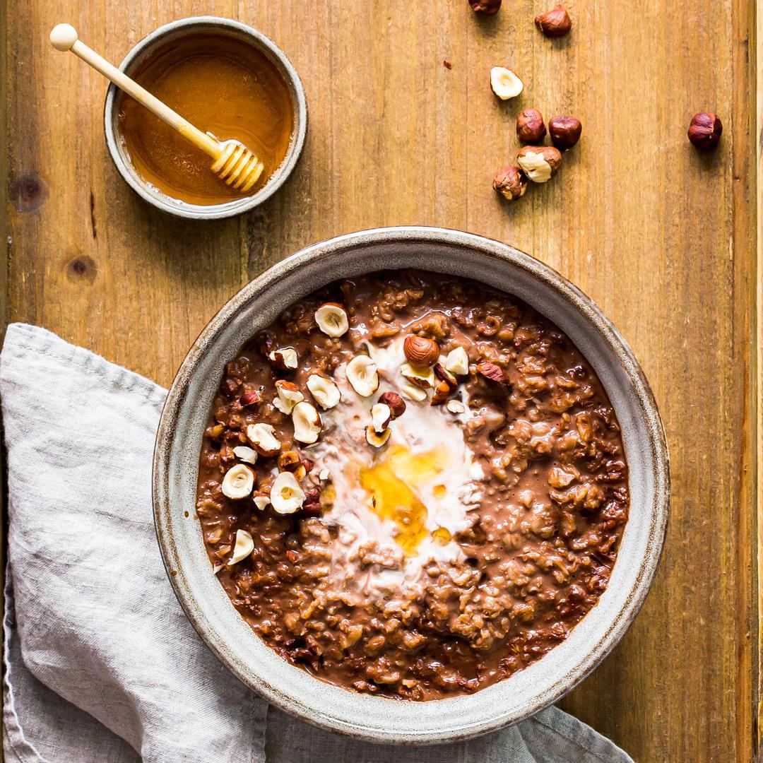 Chocolate Oatmeal with Honey and Hazelnut
