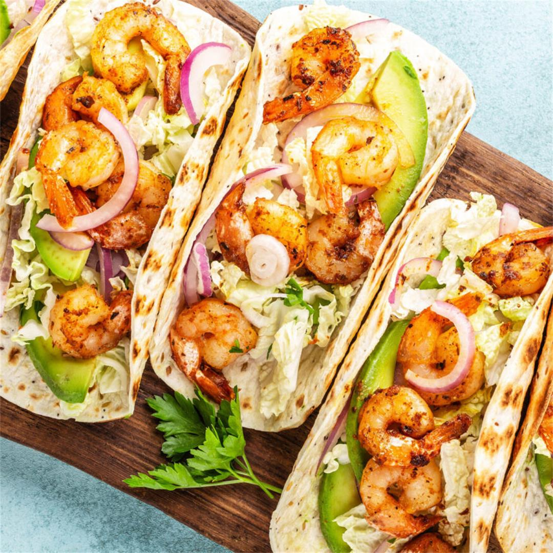 Spicy Shrimp Tacos With Chipotle Crema Sauce