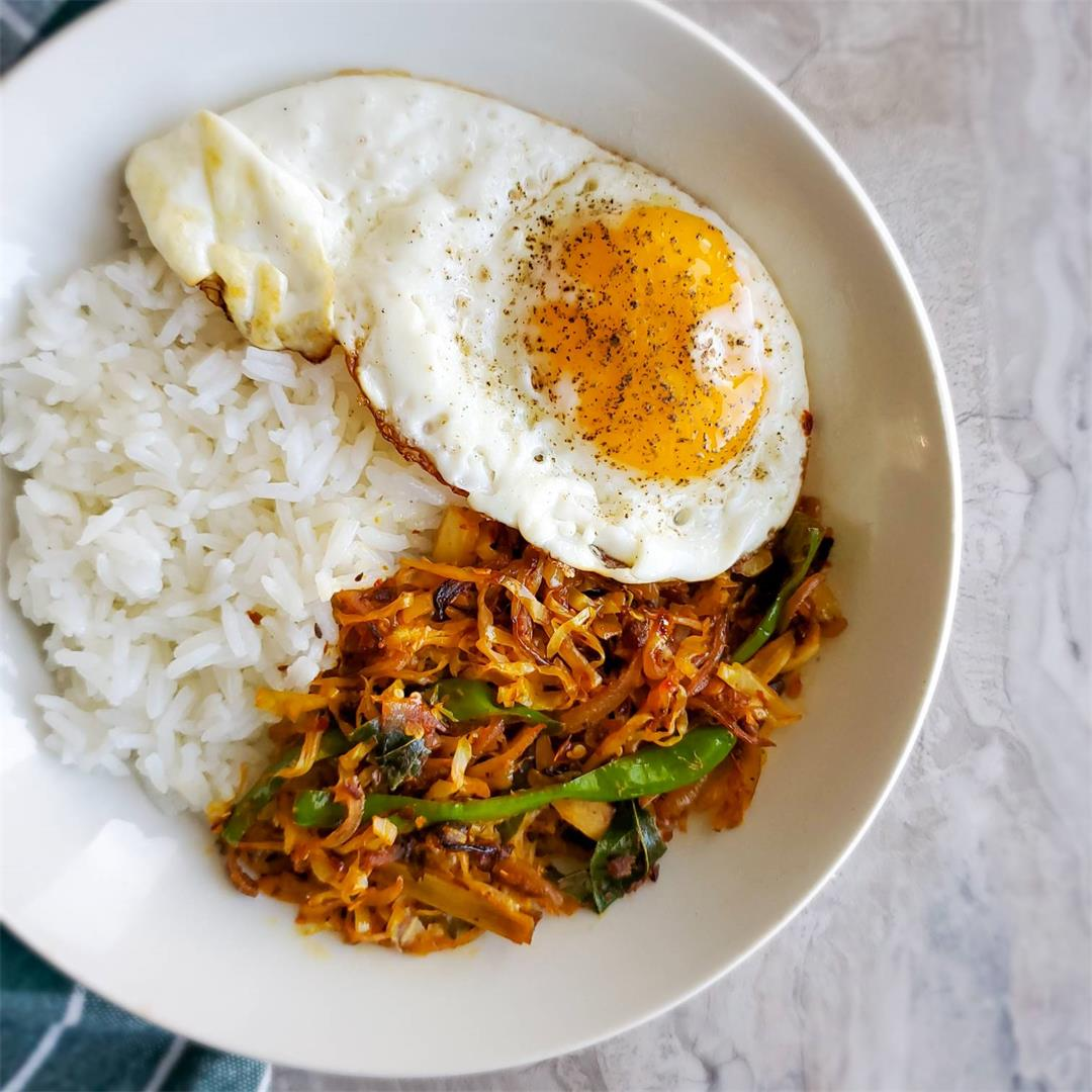 Spicy Easy Cabbage Stir-fry