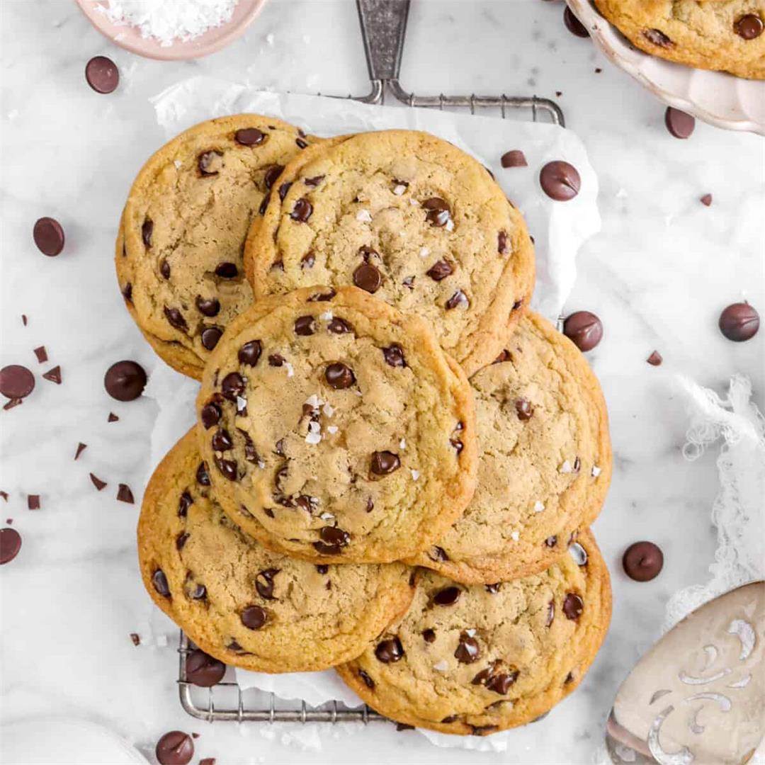 Soft Vegan Chocolate Chip Cookies