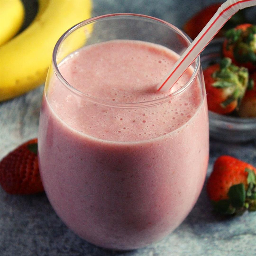 Mcdonald's strawberry banana smoothie with yogurt-Yummy Indian