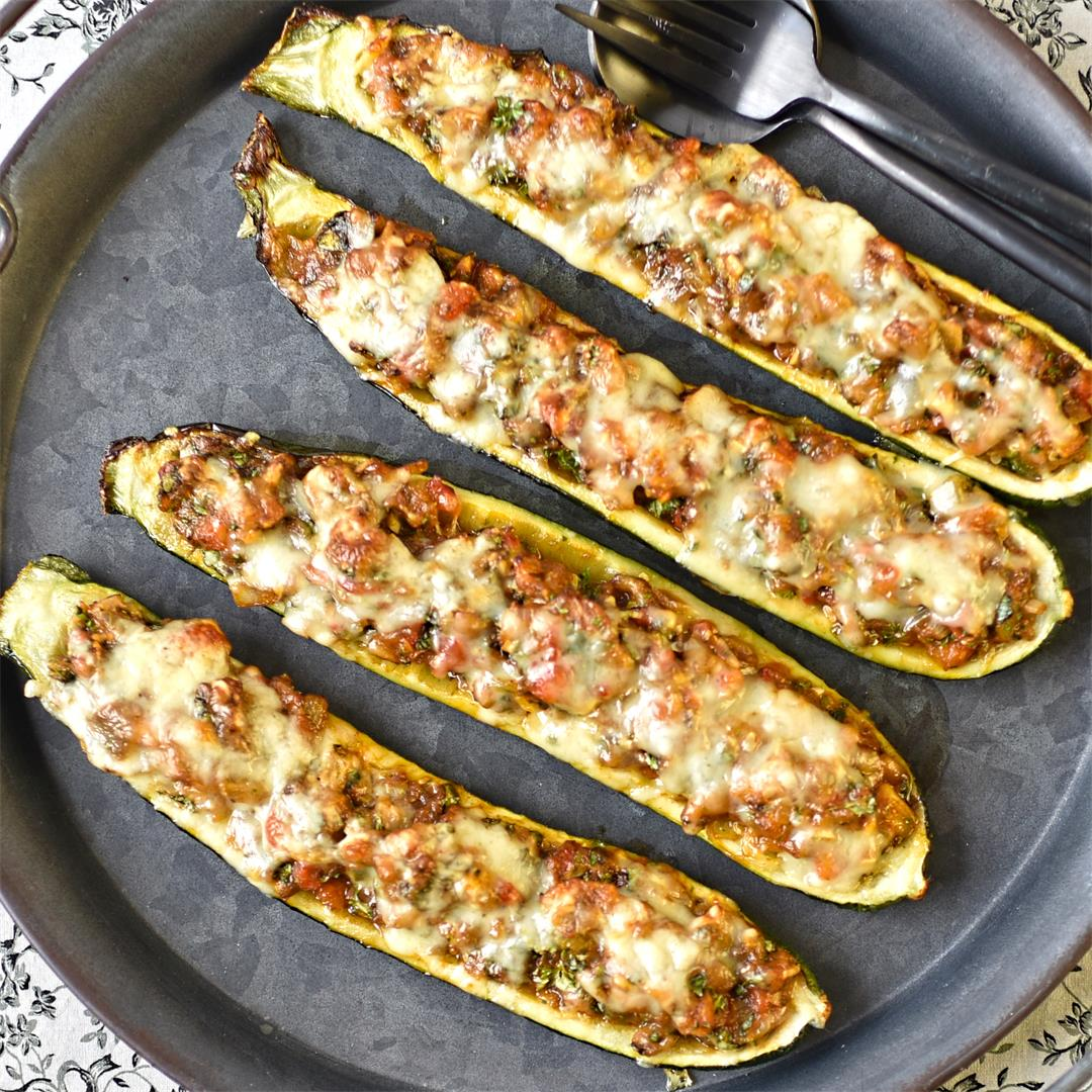 Catalan-style stuffed courgettes