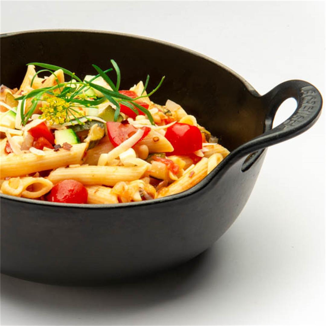 Pasta With Fresh Corn, Zucchini and Tomatoes