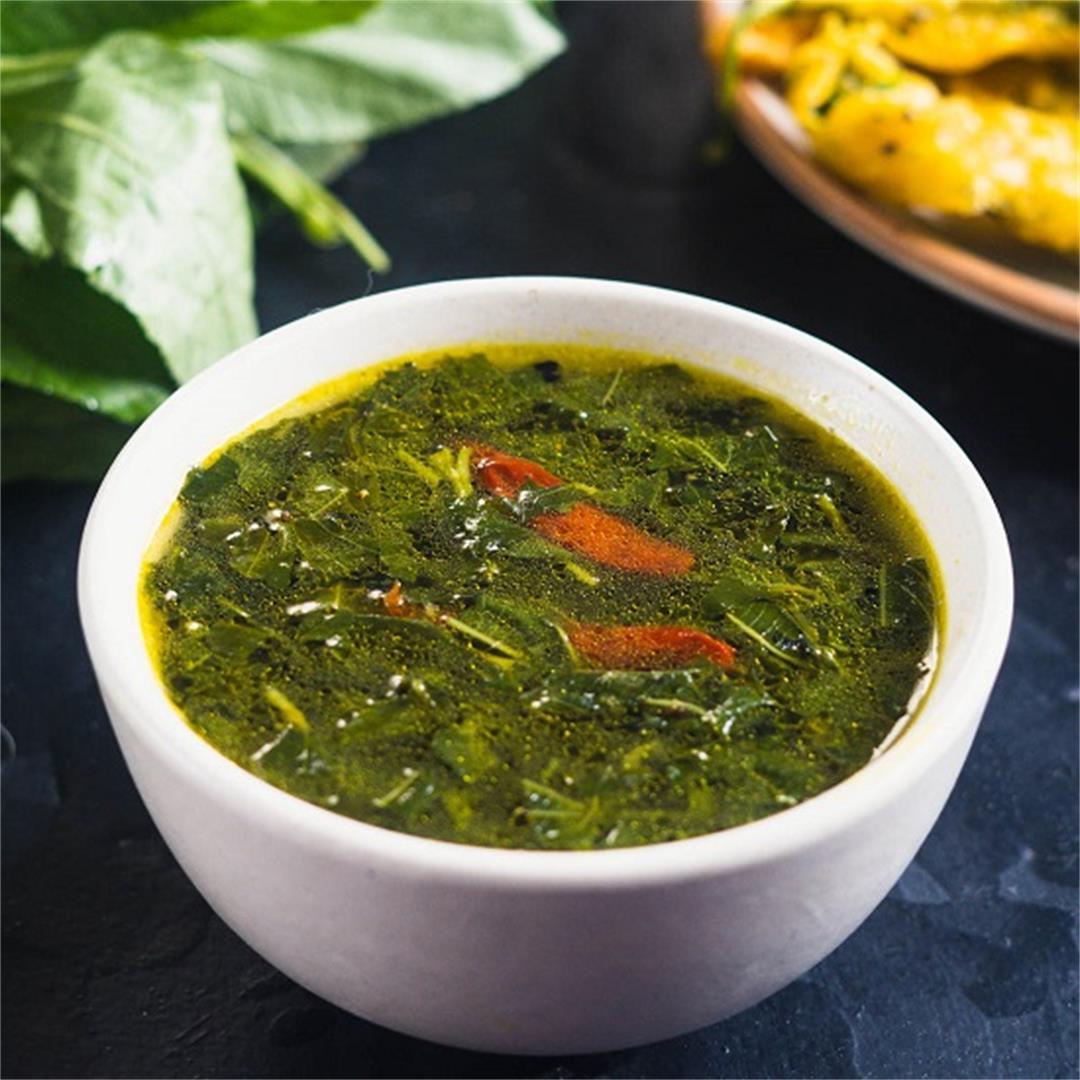 Pat Shaker Jhol a vegan treat with jute leaves