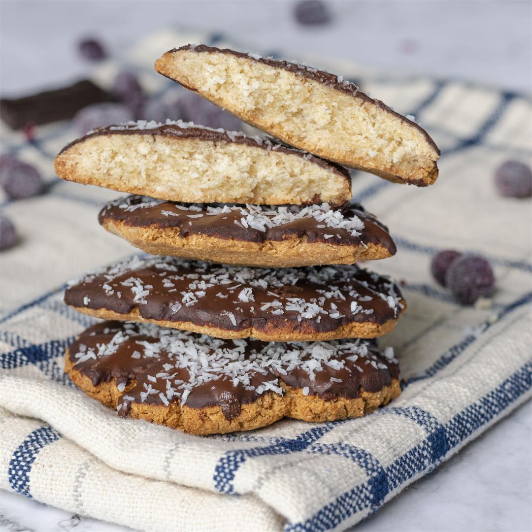 Vegan chocolate coconut cookies