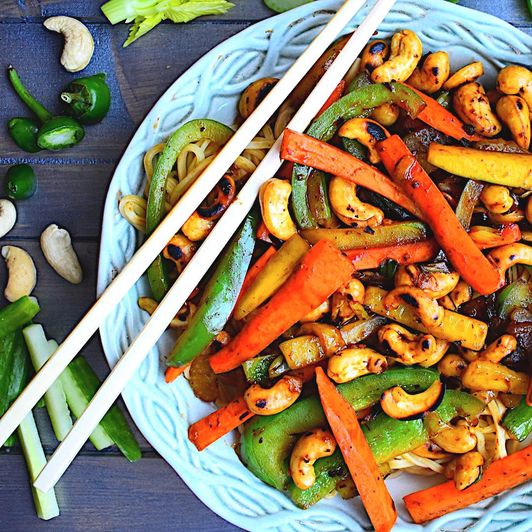 Cashew Nut and Vegetable Stir Fry with Noodles