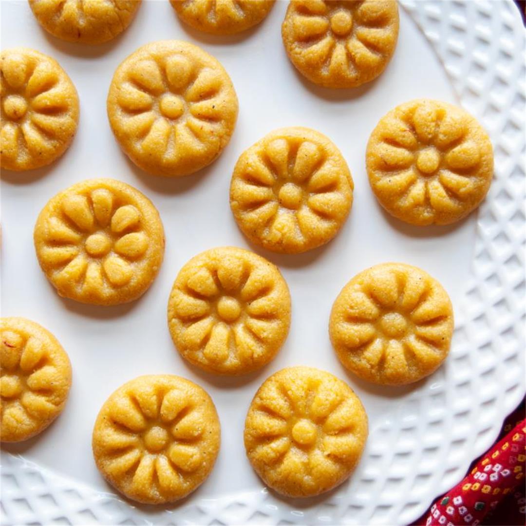 Khawa Pedas/Ricotta Cheese and Milk Powder Balls