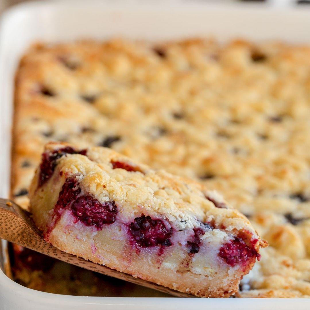 How to make Blackberry Pie Bars