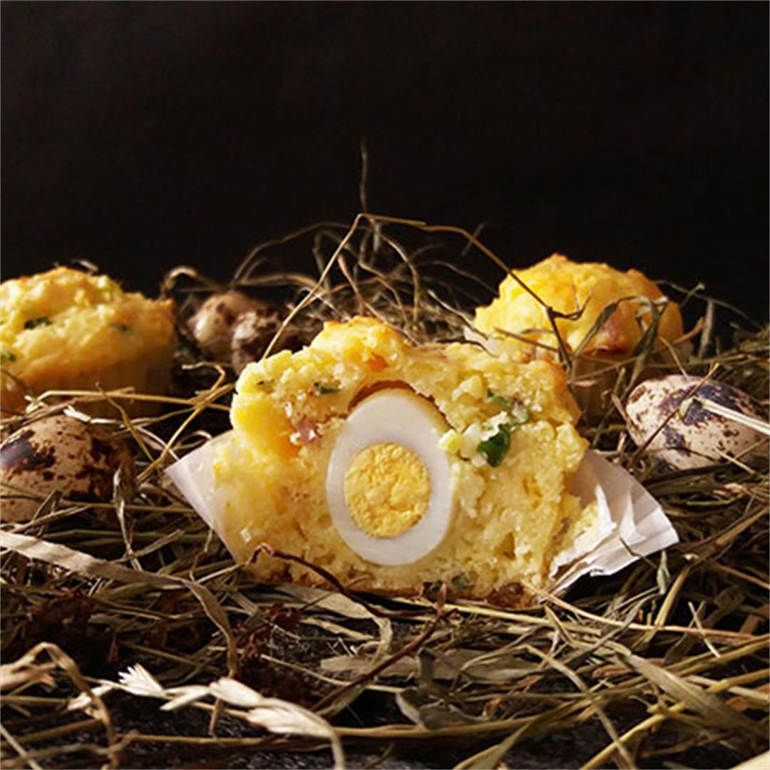 Bacon and Quail Egg Breakfast Muffins