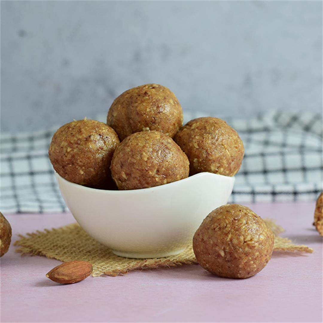 Vegan Almond Energy Balls