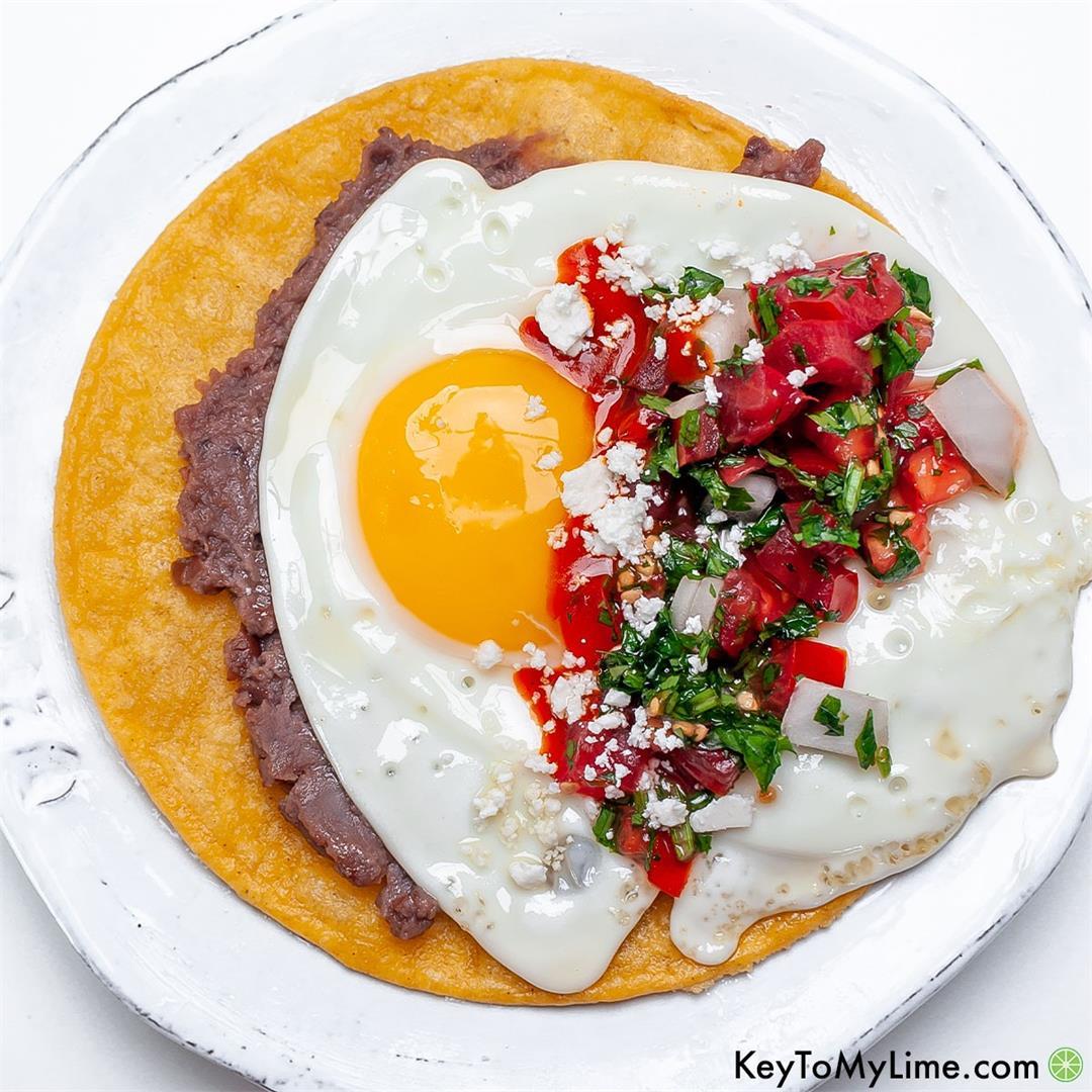 BEST Fresh Huevos Rancheros Recipe {VIDEO}
