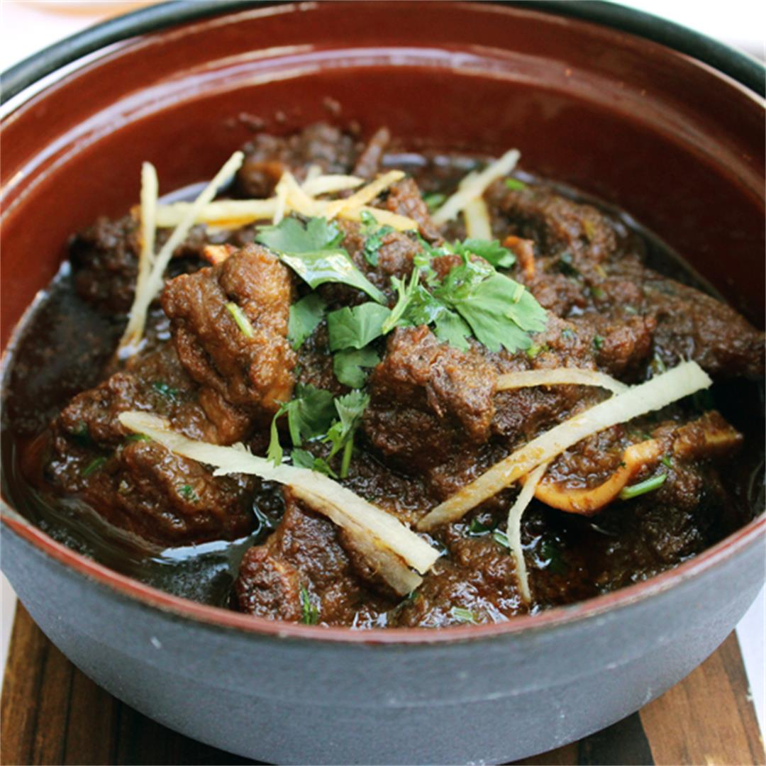 Goat curry with fresh ginger