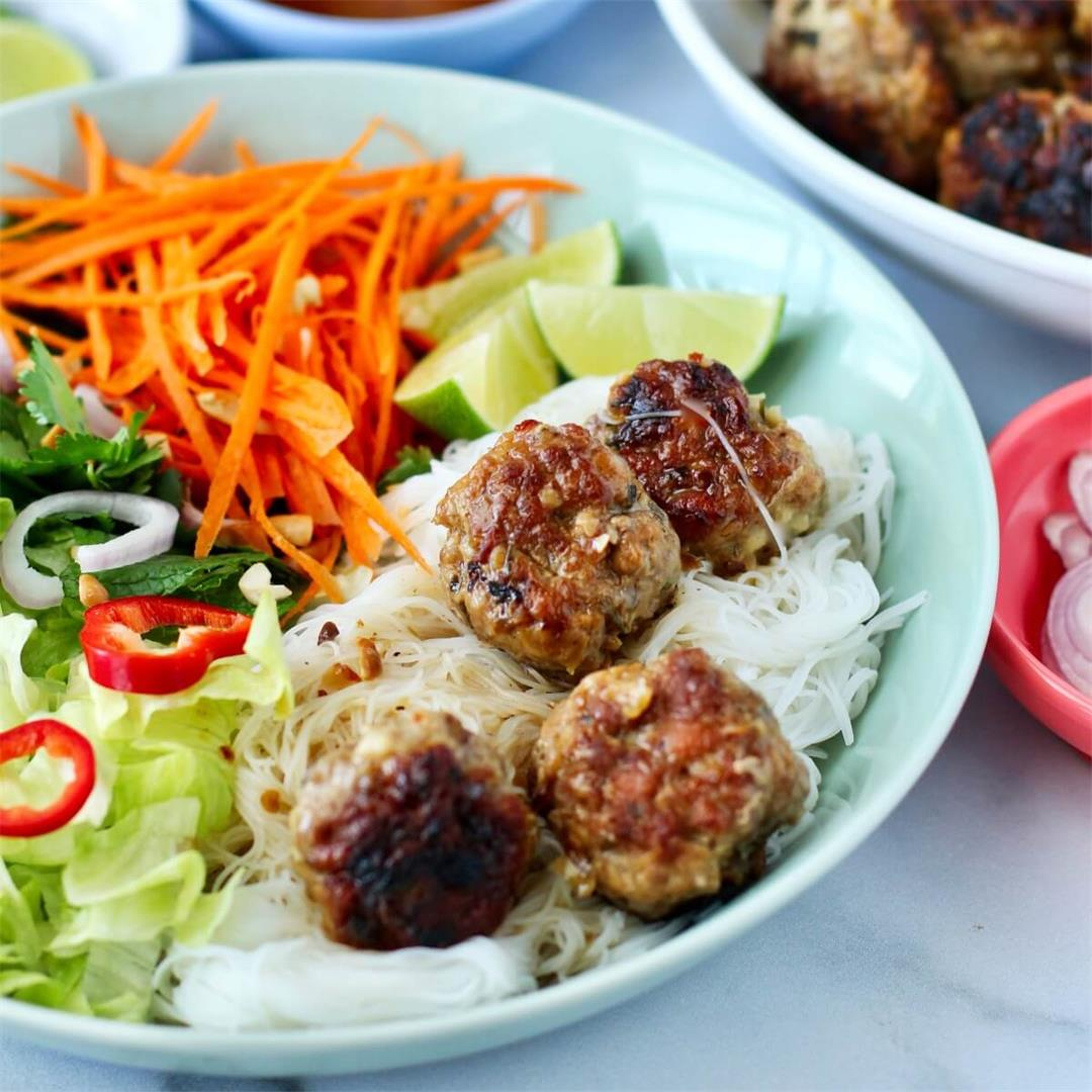 Vietnamese-Style Meatballs with Rice Noodles (Instant Pot)