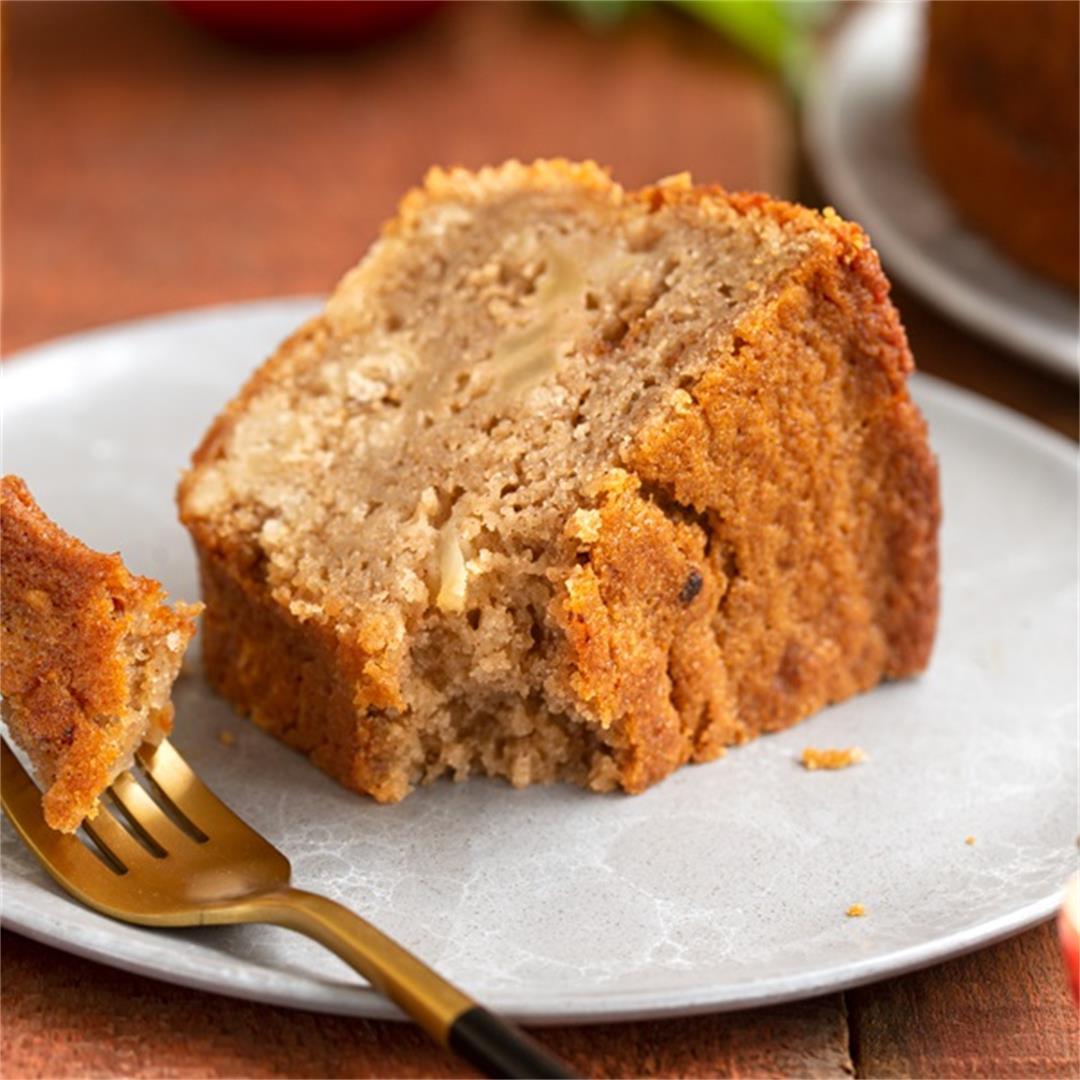 Easy-Going Apple Cake