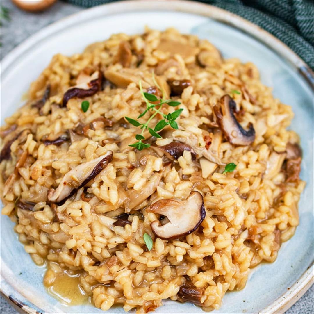 Vegan creamy mushroom risotto