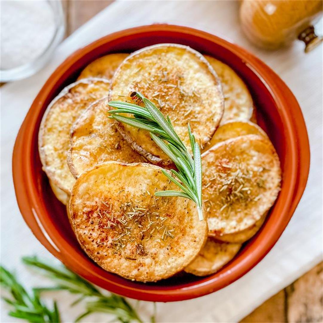 The Crispiest Oven-Baked Potatoes | Guilt-Free Crispy Potatoes
