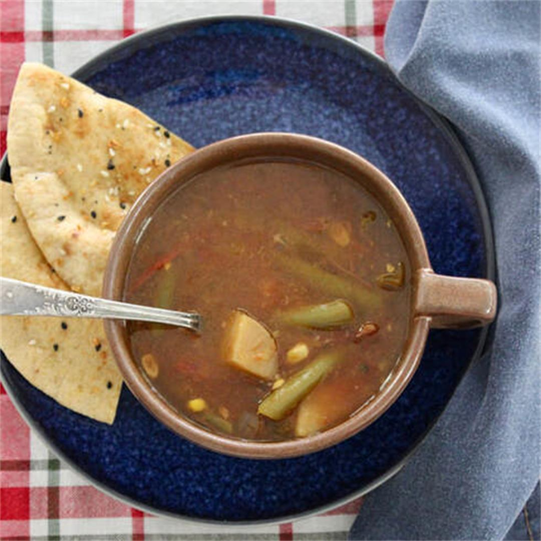 Easy Slow Cooker Country Garden Soup