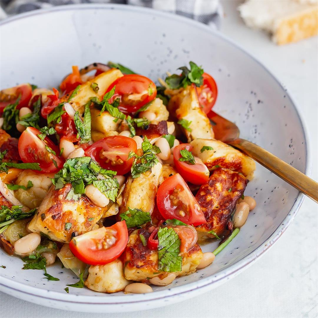 Fried Halloumi & Tomatoes with White Beans
