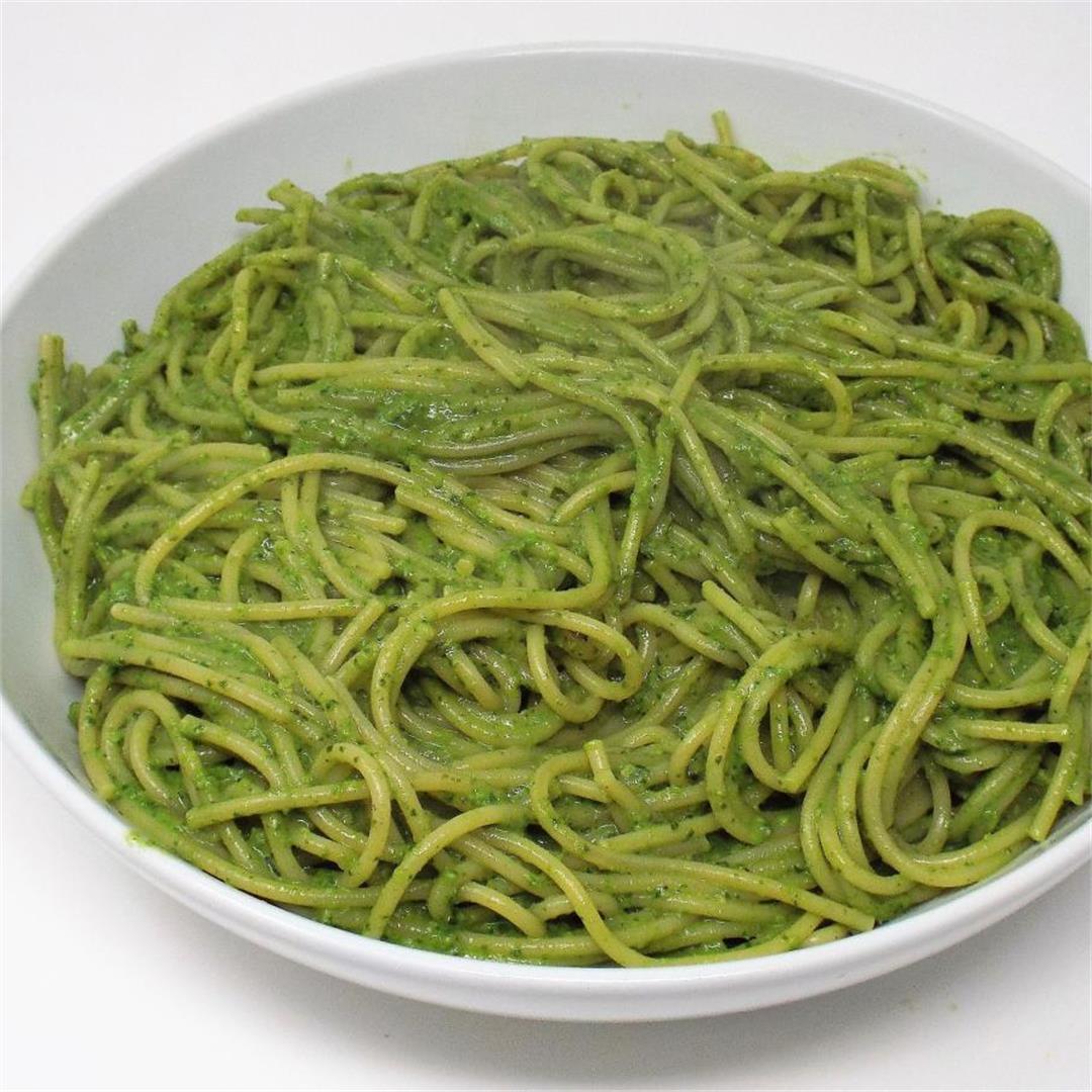Tallarines Verdes (Peruvian Green Spaghetti)