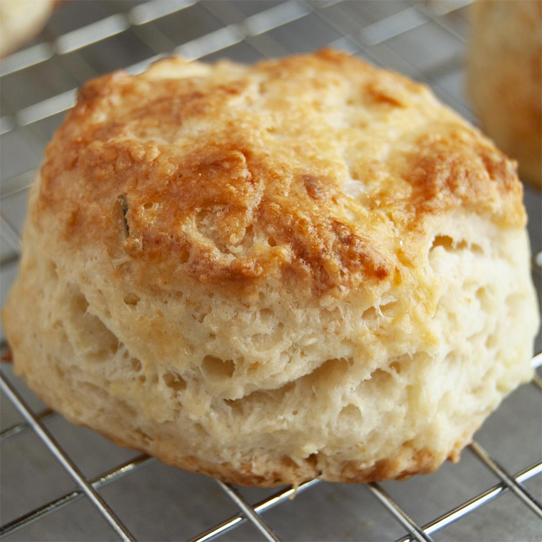 Goat Cheese and Chives Scones