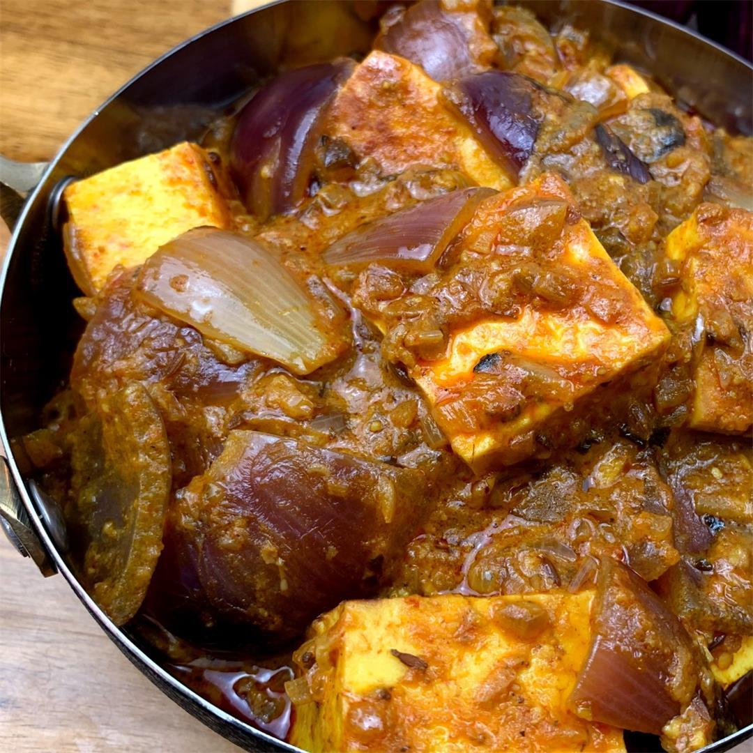Paneer Do Pyaza Curry